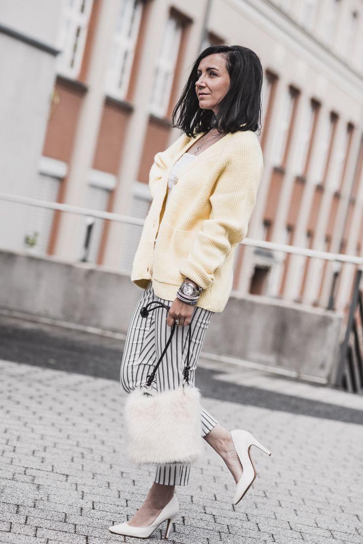 Die besten Cardigans für Frühling und Sommer 2019 – Julies Dresscode | Fashion Trends, Outfits & Streetstyles