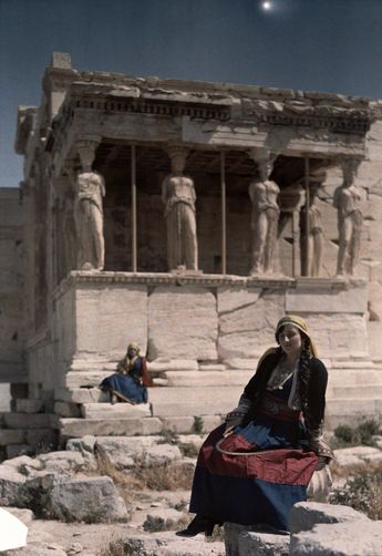 Athenian women sit near porch of Erechtheum, adorned with Caryatides.  MAYNARD OWEN WILLIAMS/National Geographic Creativehttp://www.natgeocreative.com/ngs/photography