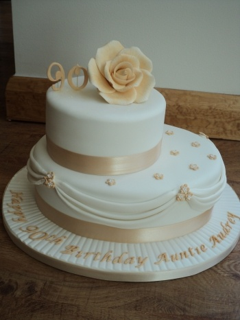 90th birthday cakes | Whatever style of birthday cake you require, then Cake Glorious Cake ...