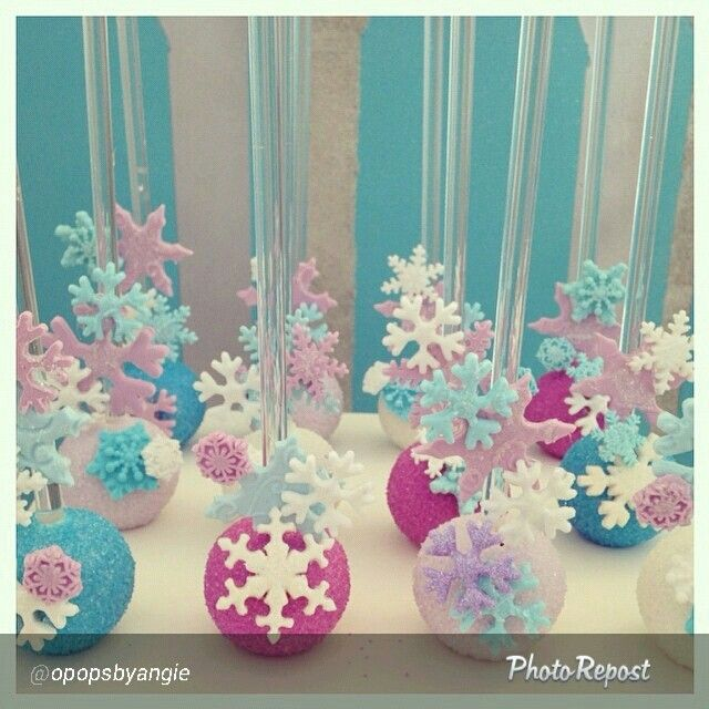 Frozen cake pops - For all your cake decorating supplies, please visit craftcompany.co.uk