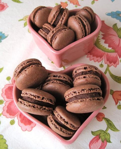 Sabor Saudade: Macarons de cacau com chocolate...