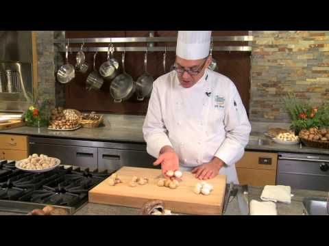 Selecting & Storing Fresh Mushrooms: Your Questions Answered with Chef Bill and Bart - YouTube