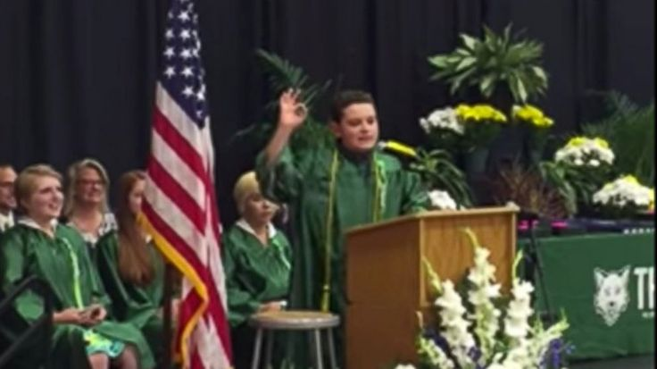 8th-Grader Gets Yuge Laughs Impersonating Trump in Graduation Speech - ABC News