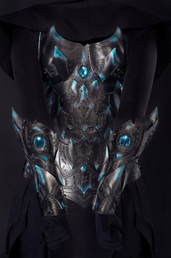 Paire de brassards - armure de guerrier elfe noir - cuir femme