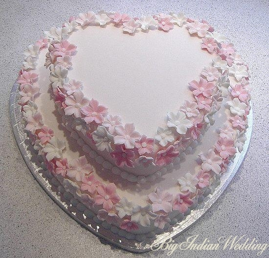 Beautiful heart shaped wedding cake
