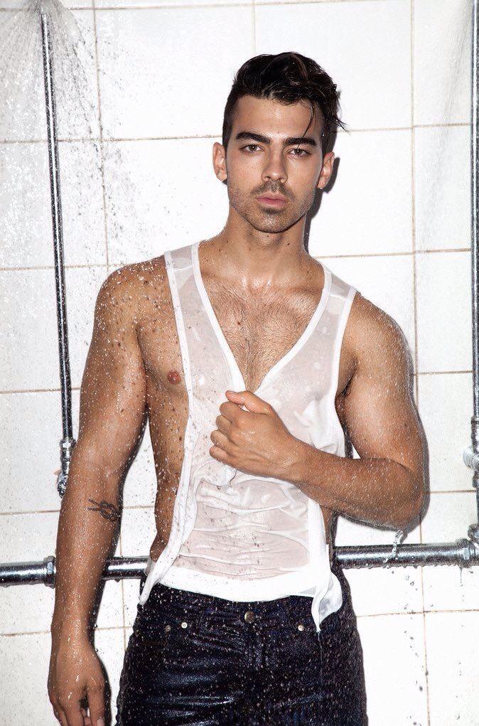 Oh My Lordhes So Handsome Sexy Joe Jonas Joe Jonas In