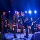 Robert Plant's appearance at SXSW 2016 Austin Music Awards to pay special tribute to KUTX's late Twine Time deejay Paul Ray. BY DAVID BRENDAN HALL | Robert Plant Picture #50248748 - 454 x 234 - FanPix.Net