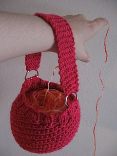Wrist yarn holder pattern