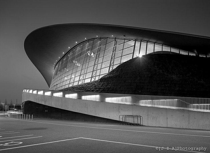 London Aquatic Centre, QEOP - However you look at it, it's a good looking building!