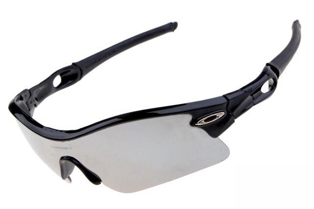 Oakley Radar Path sunglasses black / silver iridium - Up to 86% off Oakley sunglasses for sale online, Global express delivery and FREE returns on all orders. #Oakley #sunglasses #cheapoakleysunglasses #mensunglasses #womensunglasses #fakeoakeysunglasses