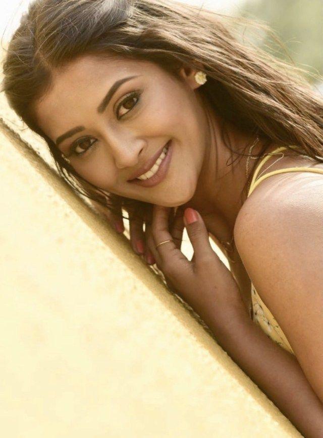 Pooja Jhaveri 47 Days Star Shares An Inside Look At Acting South Indian Actress Actresses Photoshoot