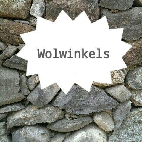 Wolwinkels in Nederland  http://www.bureauvossen.nl/wolwinkels/