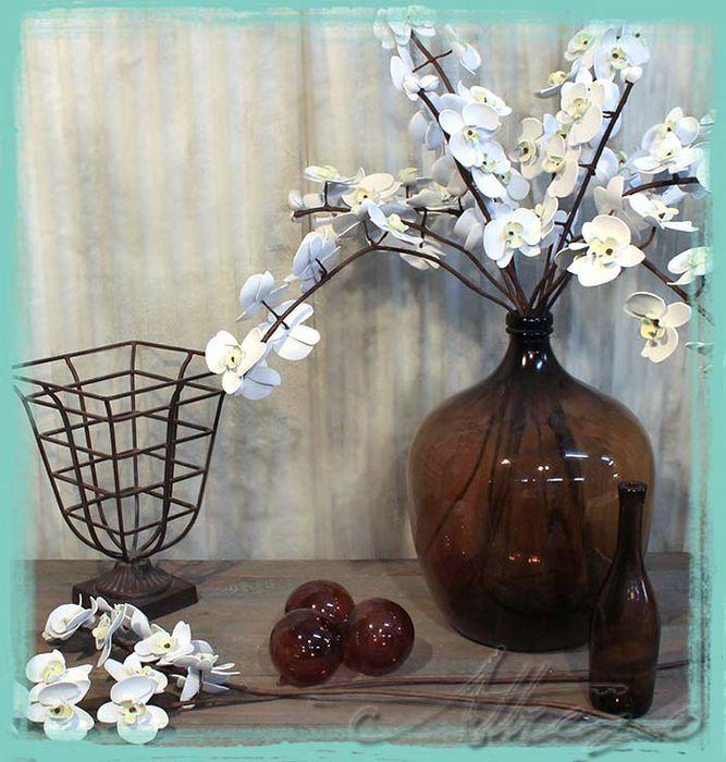 Decora tu hogar, tu boda o cualquier evento con nuestras flores decorativas artificiales, únicas en su especie.