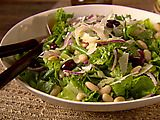 Tuscan Salad Recipe - made this for a party and it was delicious. And it's healthy. Win win!