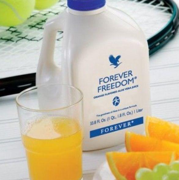 O Forever Freedom e uma formula com gel de Aloe Vera com sabor a laranja que combina outras substancias que auxiliam na manutencao da funcao e mobilidade das articulacoes.