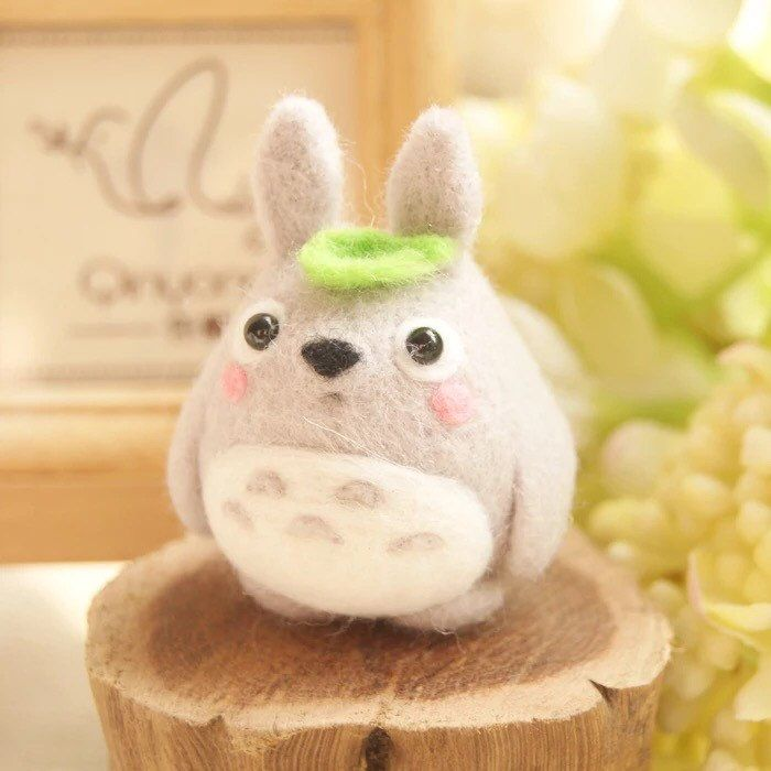 http://sosuperawesome.com/post/134827852358/diy-needle-felting-kits-by-aphandcrafts-on-etsy