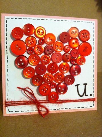 Liefdeskaart met rode knopen