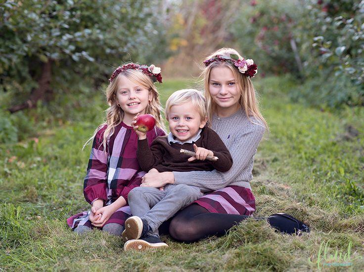 Autumn sibling photoshoot