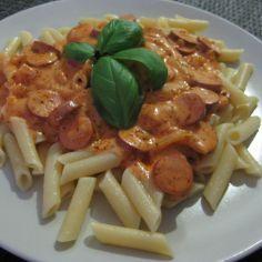 Italialainen nakkikastike pastalle - Kotikokki.net - reseptit