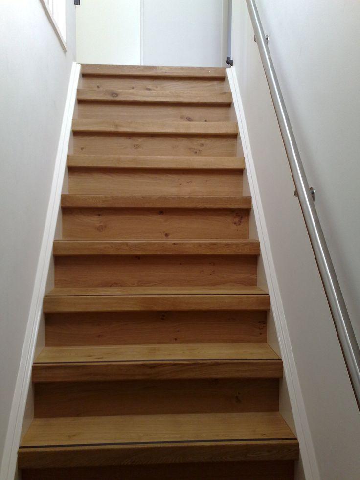 13 beste afbeeldingen van traprenovaties van natuurlijk for Renovatie houten trap
