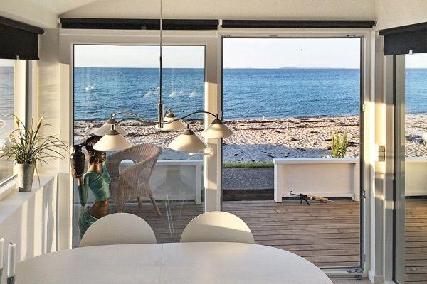 die besten 25 ferienhaus d nemark ideen auf pinterest d nemark ferienhaus am meer haus. Black Bedroom Furniture Sets. Home Design Ideas