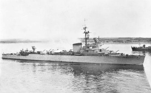 Hr.Ms. Jacob van Heemskerck Royal Dutch Navy air defence cruiser (1939 - 1970)