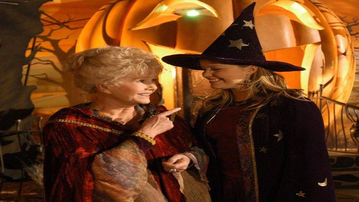 Halloweentown High Full Movie - Halloween Full Movie 2014 Halloweentown High (2004) (TV) Comedy, Fantasy [USA:TV-G, 1 h 22 min] Kimberly J. Brown, Debbie Reynolds, Judith Hoag, Joey Zimmerman Director: Mark A.Z. Dippé Writers: Dan Berendsen, Paul Bernbaum IMDb rating: ★★★★★★☆☆☆☆ 6.1/10 (2,640 votes)