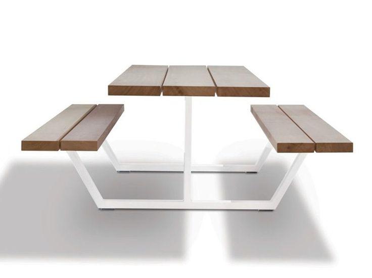 Cassecroute iroko - Tavolo da picnic in iroko con panchine integrate - design Wim Segers, Ronald Mattelé - Cassecroute