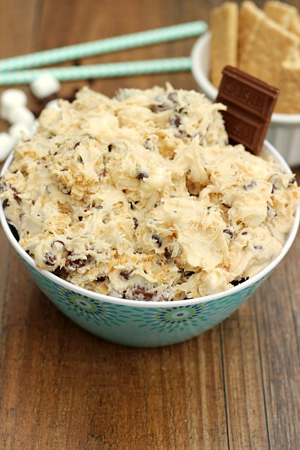 S'mores Cookie Dough Dip. Edible cookie dough dip packed with the flavors of smore's: marshmallows, chocolate, and graham crackers. A great dessert dip for any occasion.