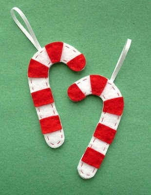 Felt candy canes.  Love these!  #felt #candycane #ornament