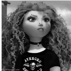 Im addicted to these punk disney princesses and I hate disney princesses !