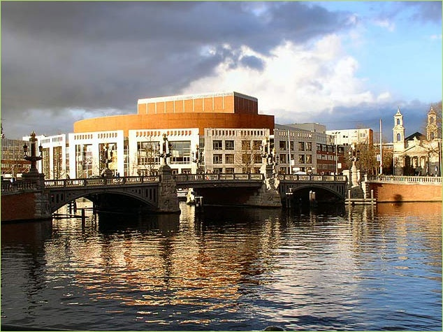 Stopera, Amsterdam: love to go there!!