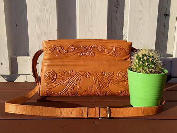 vintage large hummingbird  roses mexican tooled leather purse - 70s