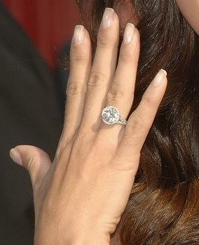 How Big Is Erin Andrews Engagement Ring