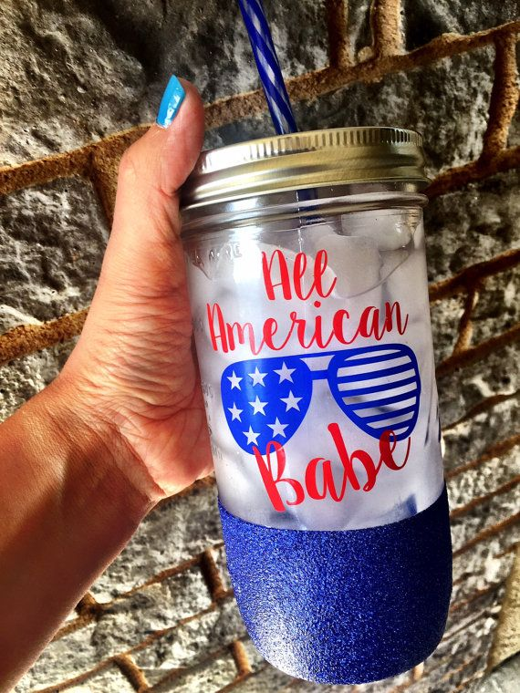 Celebrate Independence Day with this adorable glittered mason jar! The perfect accessory for backyard BBQs ♥ Happy 4th Yall!   Overview ♥ 24 oz Glass Mason Jar with reusable acrylic straw ♥ Also available as a 32 oz BPA free water bottle, to go tumbler or latte mug ♥ Available with or without glitter ♥ Design is applied with high quality, permanent vinyl rated for outdoor use ♥ Glitter is sealed to prevent shedding  *Please only handwash with mild dishsoap and no scrubbing. Do not soak in…