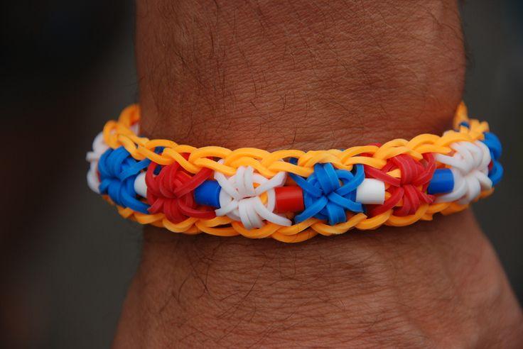 WK voetbal armband, loom bands en strijkkralen