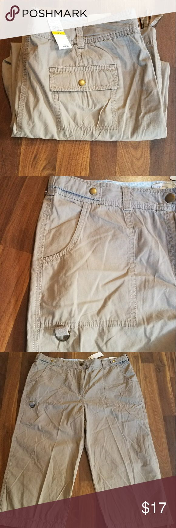 Van Heusen Khaki Capri Pants Casual Wear. Perfect for summer. New with tags. Van Heusen Pants Capris