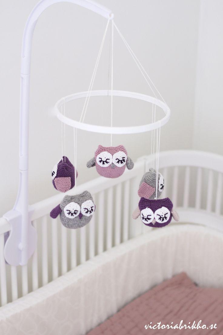 DIY Baby Crib Mobile #giftsforbaby #giftsfornewmoms #giftsfornewparents