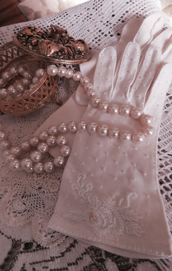 Vintage LADIES GLOVES Cotton Beaded Cottage by CreativeWorkStudios, $16.00