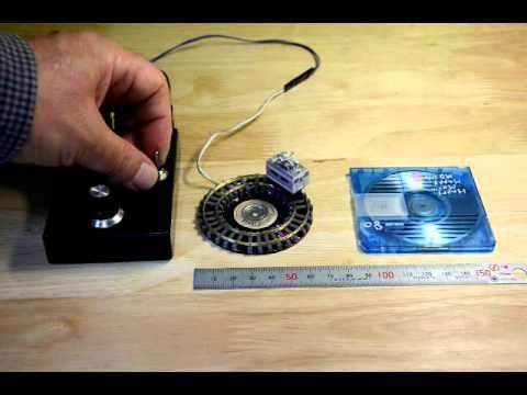 振動モータ小型鉄道模型Z gauge Vibration motor drive tiny train