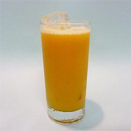Peren Sinaasappelsap. En er wordt weer druk geblend!Een heerlijk smaakvol en verfrissend sapje van sinaasappels en peren. Zelf gemaakt dubbeldrank fruitsapje vol verse vitamines.