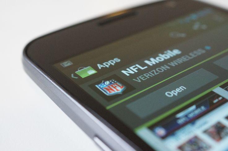 La NFL se prepara para el Super Bowl del 2 de febrero próximo y debe considerar el inevitable aumento de personas que desean seguir el juego y también postearlo a través de sus dispositivos móviles...