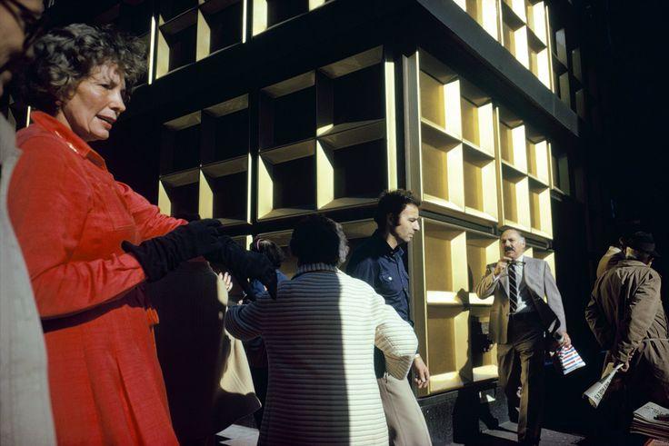 Joel Meyerowitz  Madison Avenue, New York City  1975