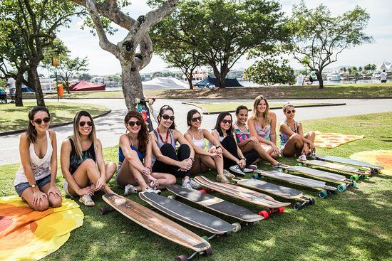 Aulas de Long - Aulas de skate longboard para adultos - Longboard Girls - Longboard Para Meninas  - aprenda longboard - Oficina de skate