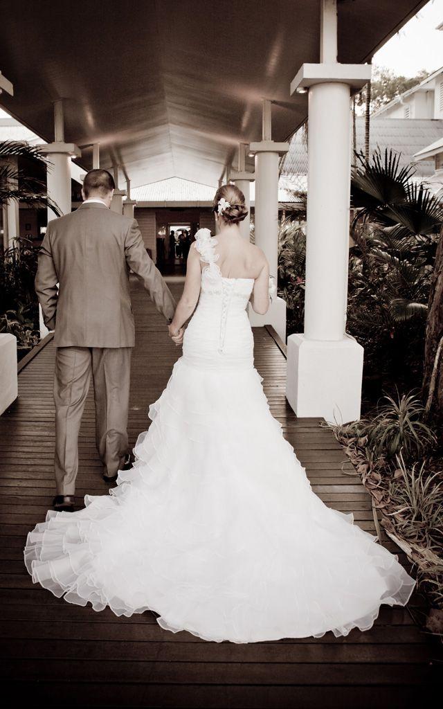 JO organza ruffles strapless wedding dress