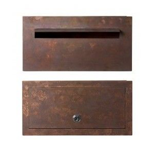 Joe Byrne by Robert Plumb: Wall integrated letterbox, large slot entry with weather shield and large rear door access and Australian safety lock. Can accept A4 envelopes both portrait and landscape orientation. Adjustable telescopic sleeve to fit all wall widths from 225-400mm. Constructed from copper these boxes will patina beautifully over time.