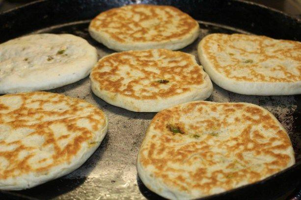 Voor vandaag was het gevuld brood met een Italiaans tintje a la Temsamania. Heerlijk genoten, het deeg was zo zacht en luchtig.