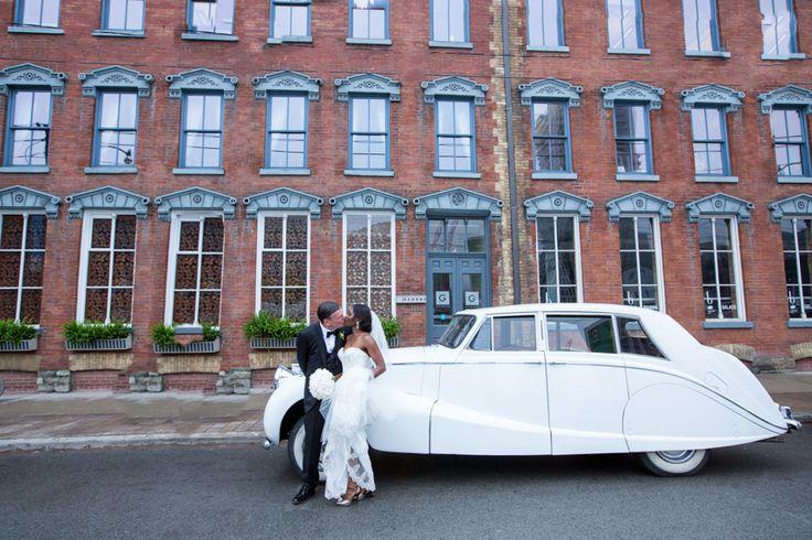 George Restaurant wedding vintage car