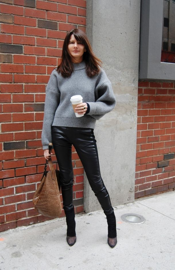 again with Marie-Amelie Sauve- slouchy sweater + skinny black pants. also,
