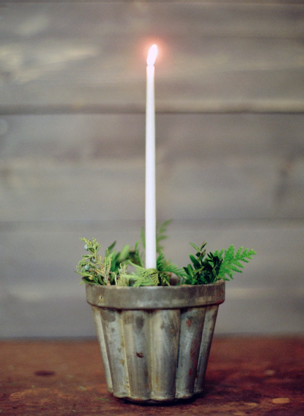 Diy tiered wreath centerpiece kerst christmas candles